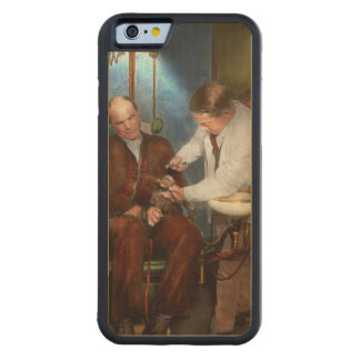 Dentist - Monkey Business 1924 Carved Maple iPhone 6 Bumper Case