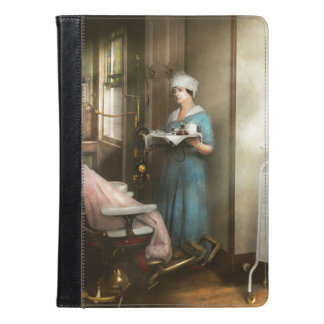 Dentist - Patient's is a virtue 1920 iPad Air Case