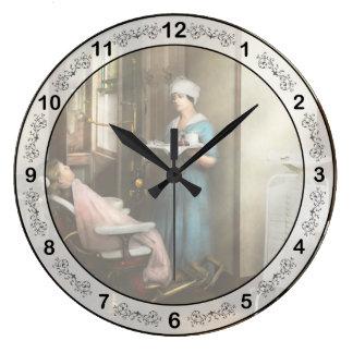 Dentist - Patient's is a virtue 1920 Large Clock