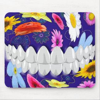 Dentista blanco animado Mousepad de la sonrisa de