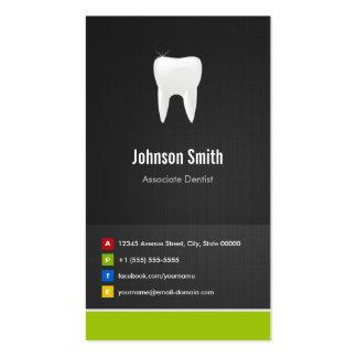 Dentista del socio - innovador creativo dental
