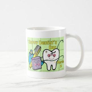 Dentista día 6 de marzo tazas de café