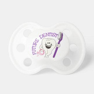 Dentista futuro chupete de bebé