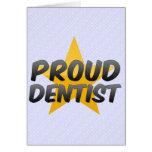 Dentista orgulloso felicitacion