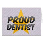 Dentista orgulloso felicitación