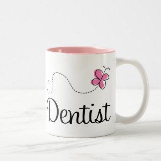 Dentista rosado lindo de la mariposa taza dos tonos