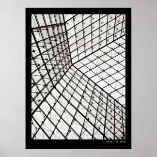 Dentro de la pirámide del Louvre - poster