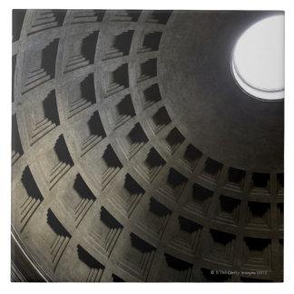 Dentro de panteón azulejo cuadrado grande