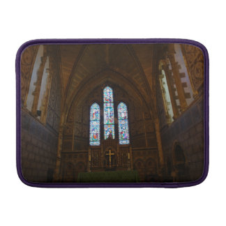 Dentro de una capilla hermosa en Inglaterra Funda Macbook Air