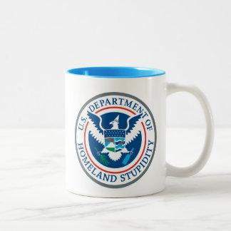 Departamento de estupidez de la patria taza de café de dos colores