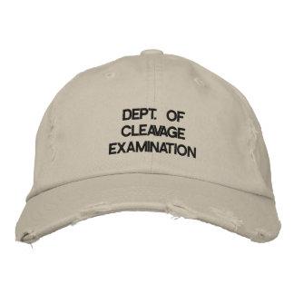 Departamento de examen de la hendidura gorra de beisbol
