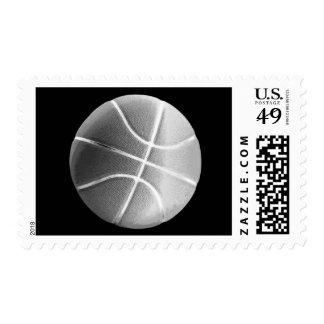 Deporte negro y blanco del baloncesto timbres postales