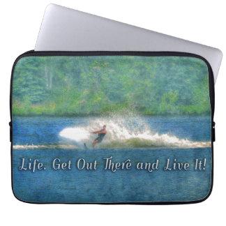Deportes acuáticos del esquiador del agua del mangas computadora