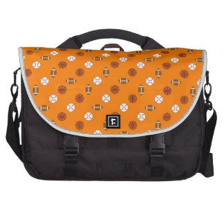 Deportes anaranjados bolsas de ordenador