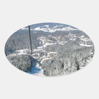 Deportes de invierno en Piana Brasov, Rumania Pegatina Ovalada