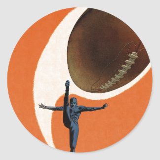 Deportes del vintage, futbolista que golpea la pegatina redonda