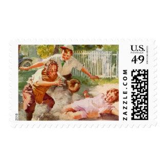 Deportes del vintage, niños que juegan a béisbol sellos postales