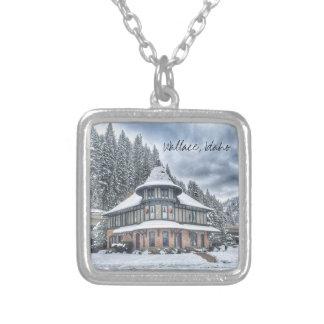 Depósito de Wallace Idaho en invierno Collar Plateado