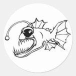Depredador del mar profundo pegatina redonda