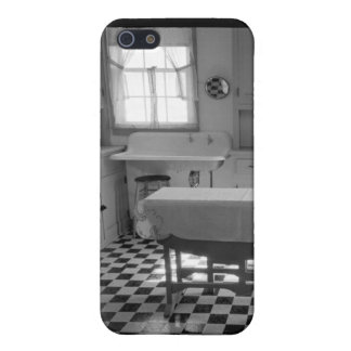 Depression-Era Farm Kitchen Cover For iPhone SE/5/5s