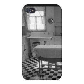 Depression-Era Farm Kitchen Case For iPhone 4