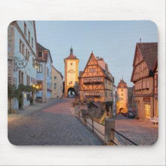 Der Tauber del ob de Rothenburg Tapete De Ratones
