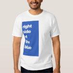 Derecho de la camiseta azul del billar playera