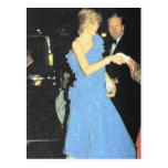 Derechos del vintage, Diana en un desfile de moda Postal