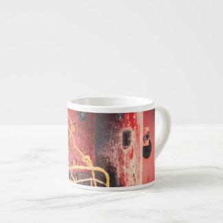 Derelict box espresso cup