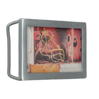Derelict box rectangular belt buckle