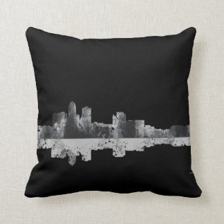 DES MOINES, IOWA SKYLINE THROW PILLOW