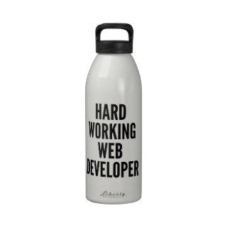 Desarrollador de Web de trabajo duro Botella De Beber