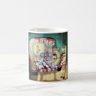Desayuno con la familia de crepes tazas