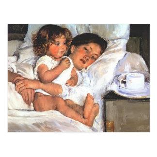 Desayuno de Maria Cassatt- en cama Tarjetas Postales
