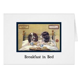 Desayuno en cama tarjeta de felicitación