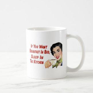 desayuno en cama taza