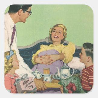 Desayuno servido mamá del vintage en cama de la colcomanias cuadradas personalizadas
