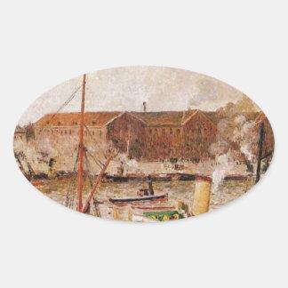 Descarga de la madera en Ruán de Camille Pissarro Pegatina Ovalada