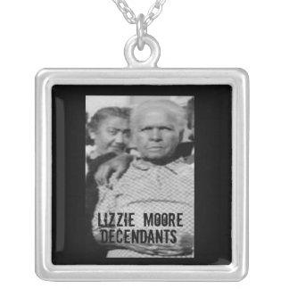 descendientes de Moore del lizzie Colgante Personalizado