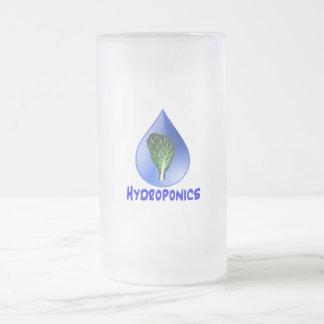 Descenso azul del lema del hidrocultivo con el grá tazas de café