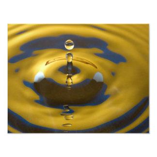 Descenso del agua amarilla y azul invitación 10,8 x 13,9 cm