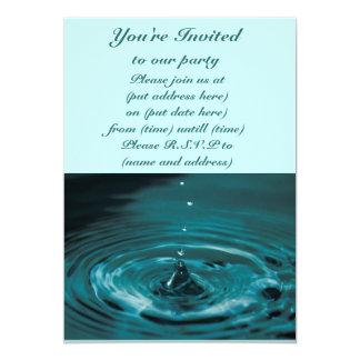 Descenso del agua de la turquesa invitación 12,7 x 17,8 cm