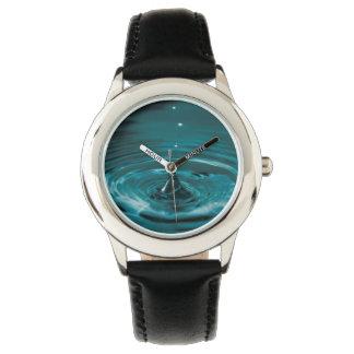 Descenso del agua de la turquesa relojes de mano