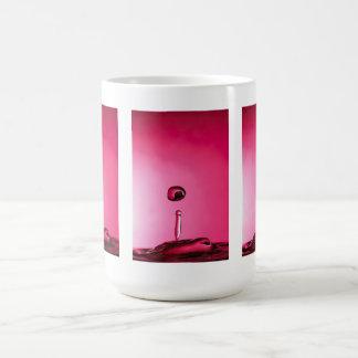 Descenso del agua taza de café