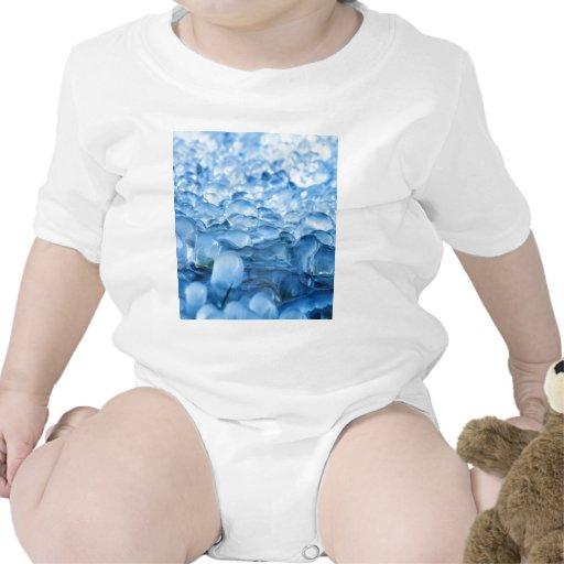 Descensos abstractos azules del agua de los crista camisetas