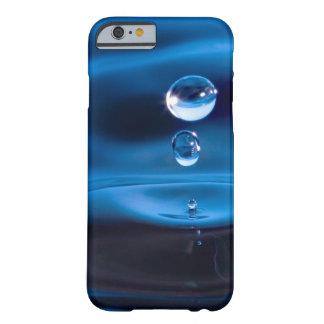 Descensos del agua azul funda de iPhone 6 barely there