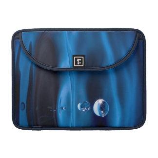 Descensos del agua azul funda para macbooks