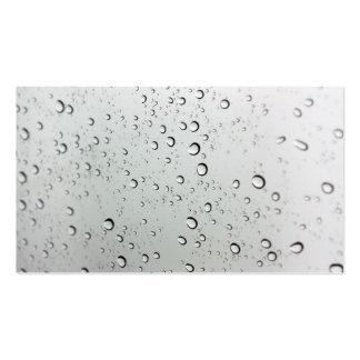 Descensos del agua sobre el vidrio tarjetas de visita