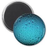 Descensos frescos del agua azul imán para frigorifico