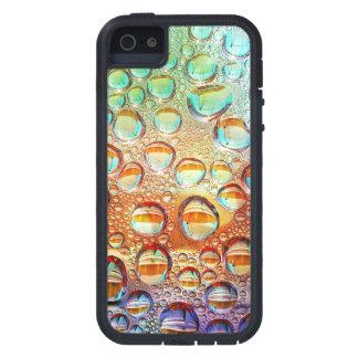 Descensos macros coloridos del agua en la foto de iPhone 5 carcasa